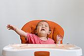 婴儿餐桌椅