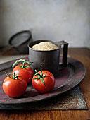 西红柿茎,蒸粗麦粉