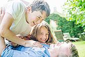 父亲,儿子,女儿,玩,花园