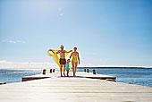 女性,幼儿,父母,码头,瑞典