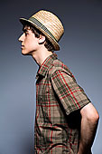 男青年,戴着,帽子,短袖,衬衫,侧面
