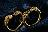 阿富汗,有角,狮子,头部,手镯,黄金,古器物,发现,陵墓,巴克特里亚,游牧