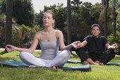 伴侣,练习,瑜珈,公园