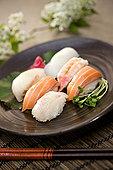 寿司,盘子,筷子