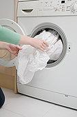 女人,床单,洗衣机