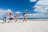家庭,跑,晴朗,海滩