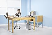 职业女性,书桌