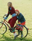 母女,骑,自行车,一起