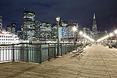 泛美金字塔,金融区,夜晚,旧金山,加利福尼亚,美国