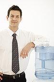 商务人士,水边,饮水机