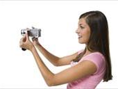 侧面,女青年,拿着,摄像机