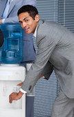 魅力,商务人士,填充,杯子,冷水机