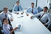 五个,商务人士,商务会议,桌子,办公室,看镜头